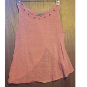 Charlotte russe tank with open back